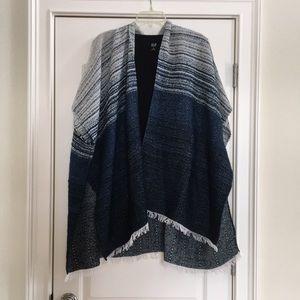 Beautiful Wrap/Poncho